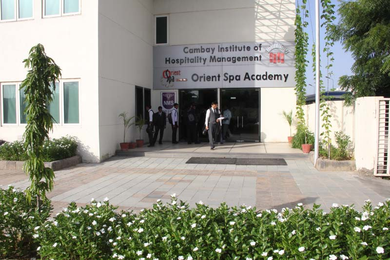 Entrance to CIHM and Orient Spa Academy